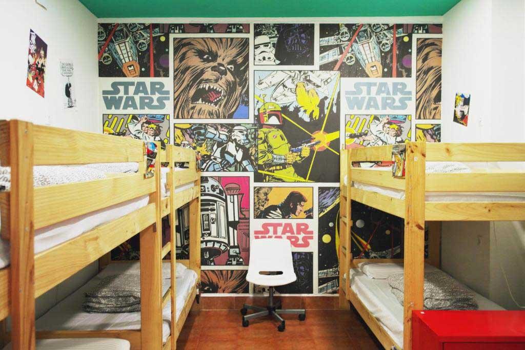 habitación sevilla kitsch hostel